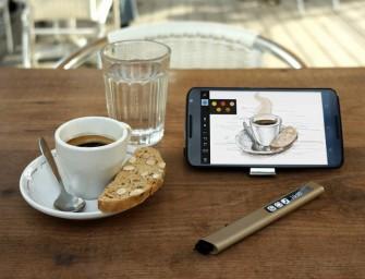 Phree : Un stylé connecté pour votre smartphone qui peut écrire sur n'importe quelle surface