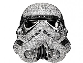 Focus sur cette collection de bijoux Star Wars incrustées de diamants