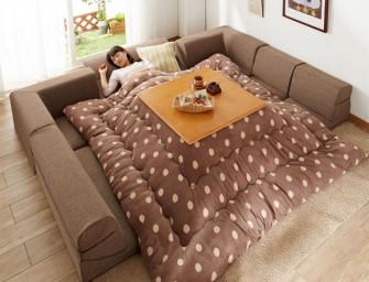 Le kotatsu, une invention permettant de rester au chaud sous la couette toute la journée