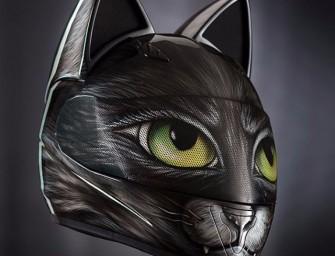 Un casque de moto tête de chats, pour un look de félin du bitume