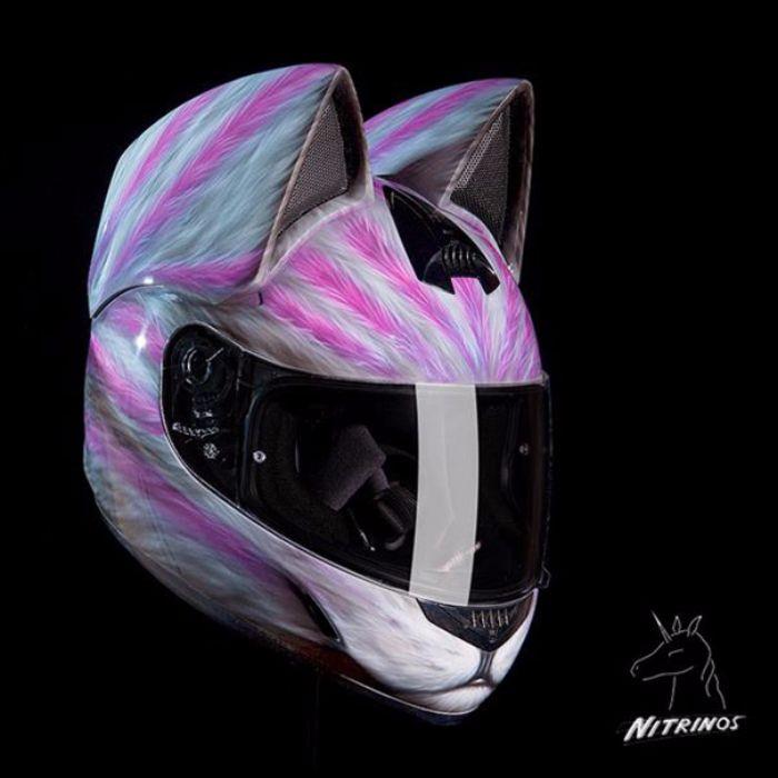 casque de moto tête de chats3