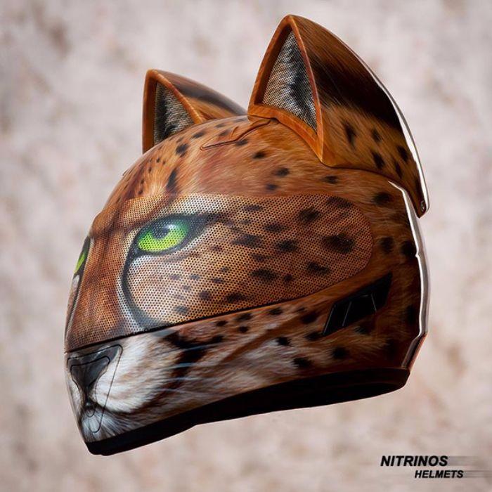casque de moto tête de chats4
