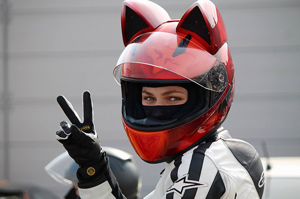 casque de moto tête de chats6
